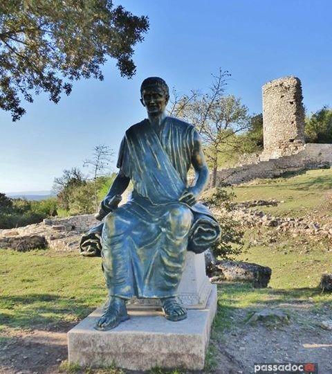 Bronze de César au Camp de César (Laudun-L'Ardoise dans le Gard)
