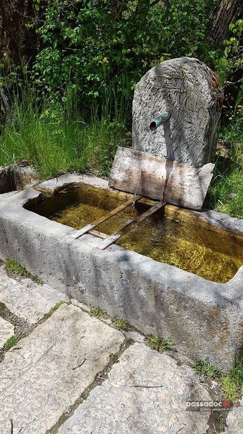 Fontaine à Valderoure - Alpes Maritimes - Photo Maryse Laugier