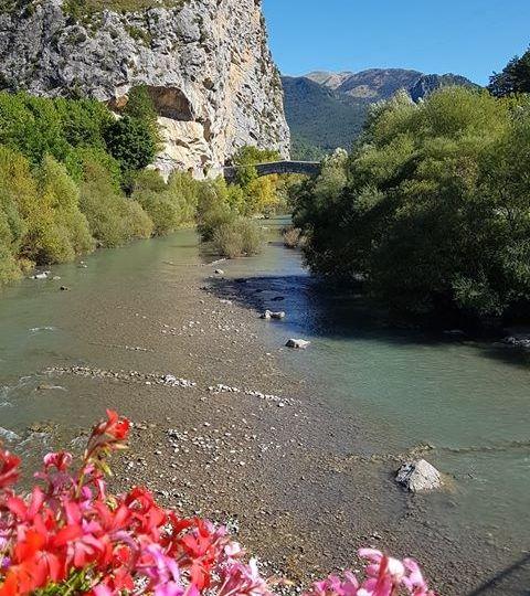 La-riviere-Verdon-à-Castellane-Alpes-de-Haute-Provence-Photo-Maryse-Laugier