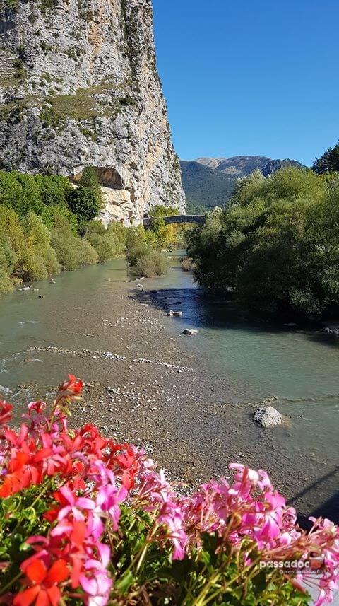 La riviere Verdon à Castellane - Alpes de Haute Provence - Photo Maryse Laugier