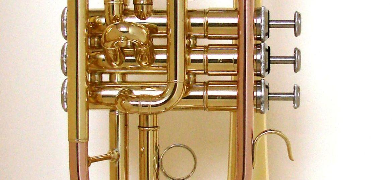 Cornet-à-piston-instrument-à-vent-photo-